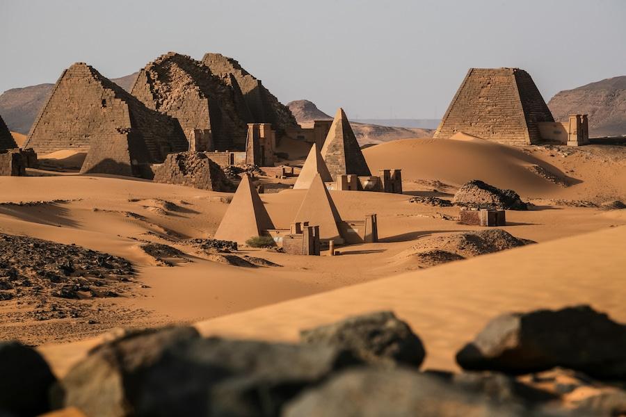 В южната съседка на Египет - Судан, има повече древни пирамиди от Египет.