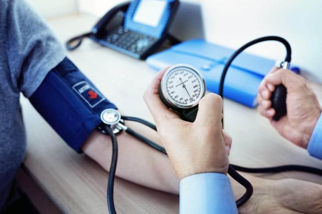 Как да свалим високо кръвно налягане?