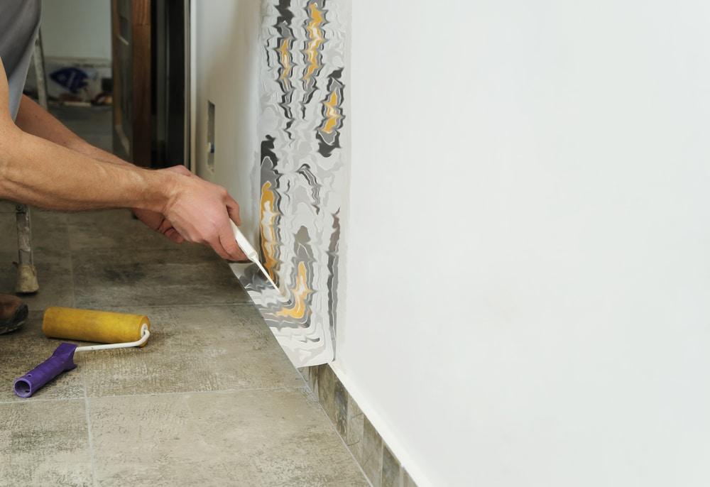 Как да залепим новите тапети - как да лепим тапети