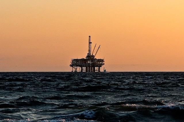 Инженер на офшорни нефтени съоръжения. Най-скъпоплатените професии в света.