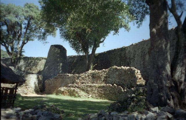 Великите руини на Зимбабве