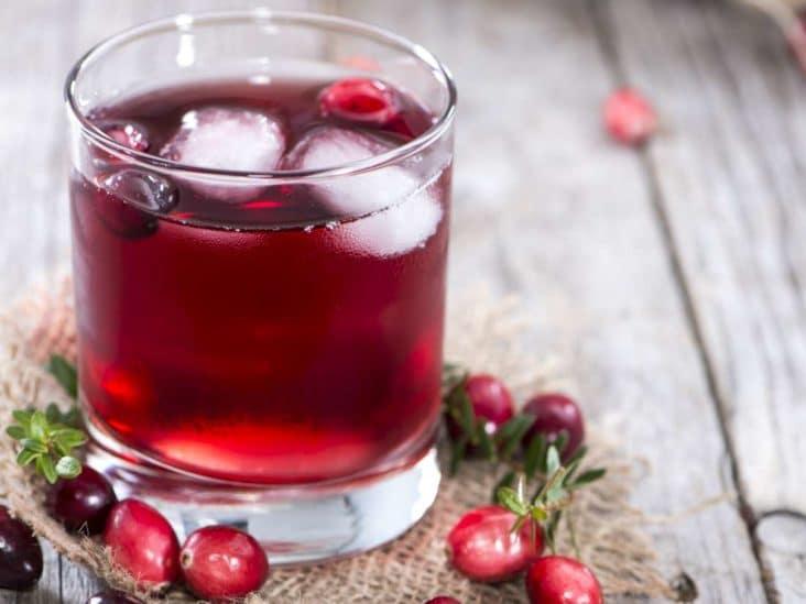 Сок от червена боровинка - как да излекуваме цистит с природни средства?