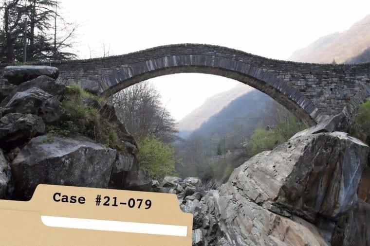 Свръхестествен мост, който кара кучетата да се самоубиват