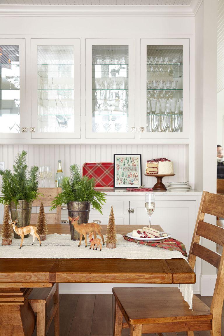 Празнична сцена - как да украсим масата за коледа