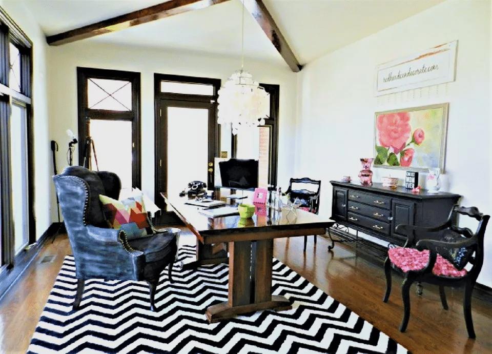 Преди - Домашен офис - Как да преобразим нашия хол
