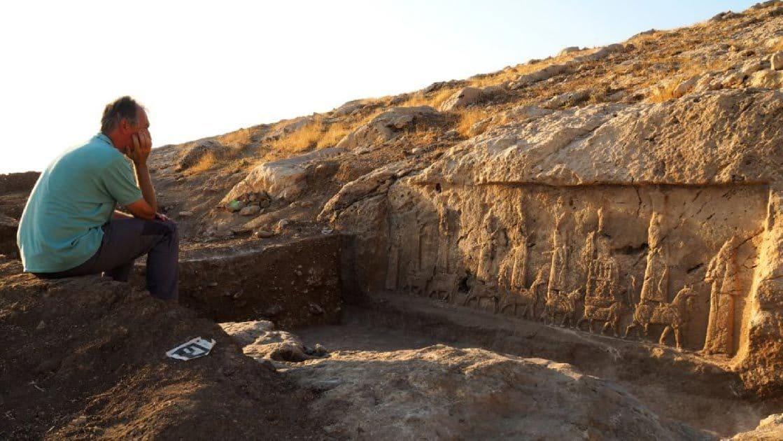 Асирийски скални панели - най-големите археологически открития през 2020