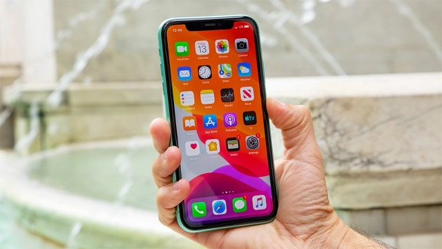 iPhone 11 - най-добрите телефони за 2021 година
