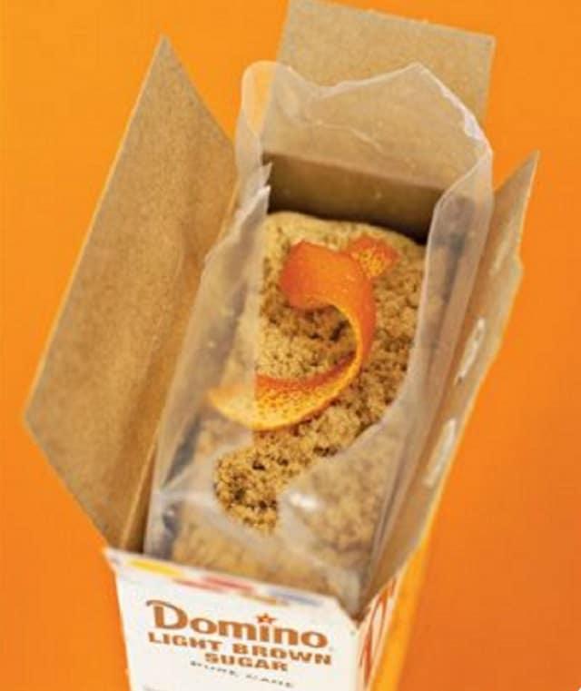Кафява захар от портокалова кора - как да използваме портокаловите корички