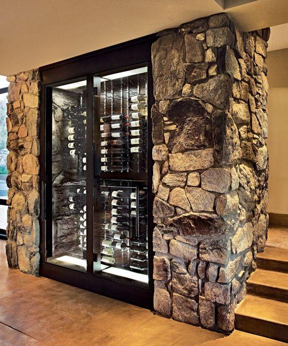 Рафт за вино в мазето от камък и дърво - Как да направим рафтове за вино