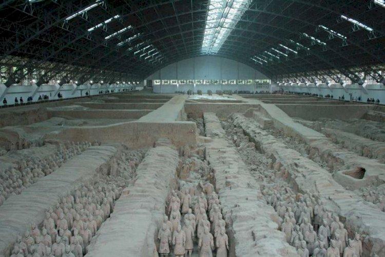 Гробницата на Цин Ши Хуанг - най-загадъчните археологически съкровища на Земята