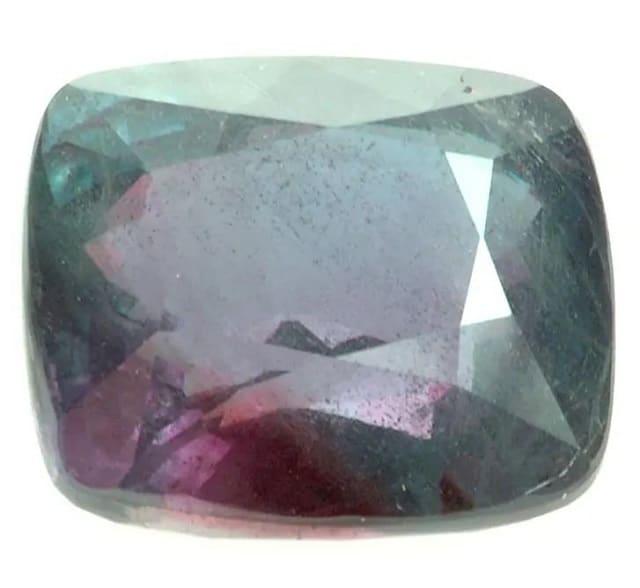 Александрит - променящото своя цвят бижу - най-редките скъпоценни камъни в света