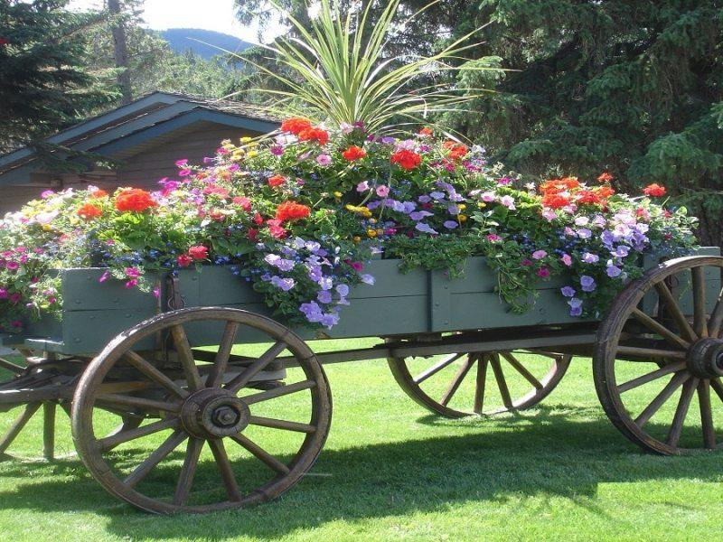 Идеи за декорация от стара каруца