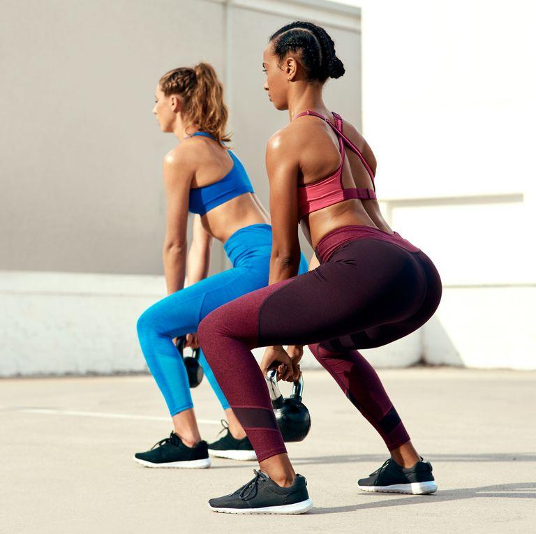 Серия от клякания - най-добрите упражнения за стегнато дупе