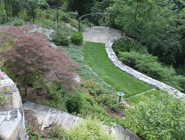 Обединяване и канализиране - съвети за красив градински пейзаж