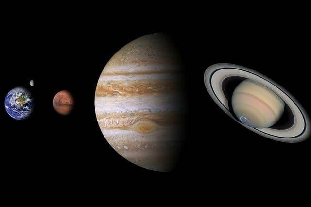 Планетите може да са се струпали