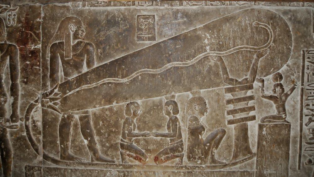 Какво представлява Лампата на Дендера - необясними загадки от древен Египет