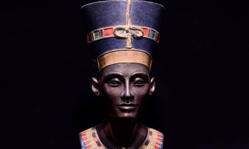 Какво се е случило с царица Нефертити - необясними загадки от древен Египет