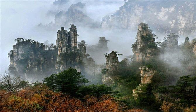 Летящите планини, Китай - 10 зашеметяващи природни чудеса