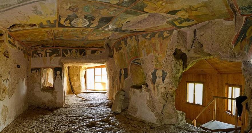 Ивановски скални манастири - унищожени обекти на културното наследство