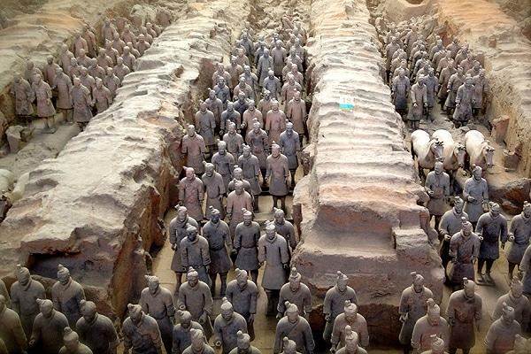 Теракотената армия (Китай) - най-добрите археологически реставрации