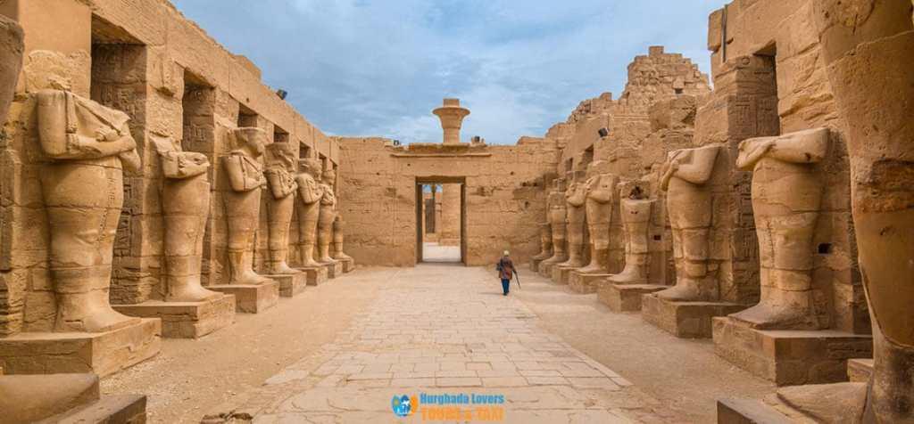 Храмов комплекс Карнак (Египет)