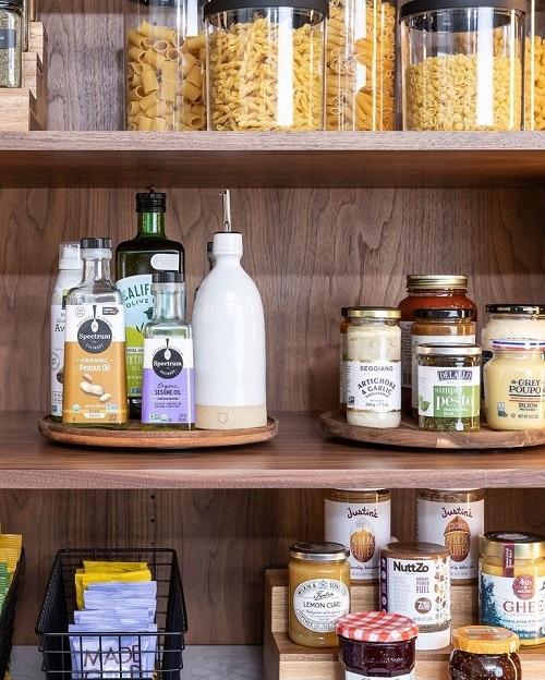 Въртящи се акациеви поставки - как да организираме кухнята - как да организираме кухнята